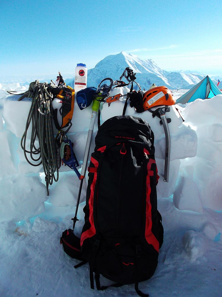 new list check out get cheap Flying High on Denali/Mt. McKinley with the Mammut Heron Pro ...